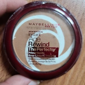 Maybelline The Perfector instant age rewind powder